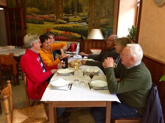Lunch in restaurantje Nozières